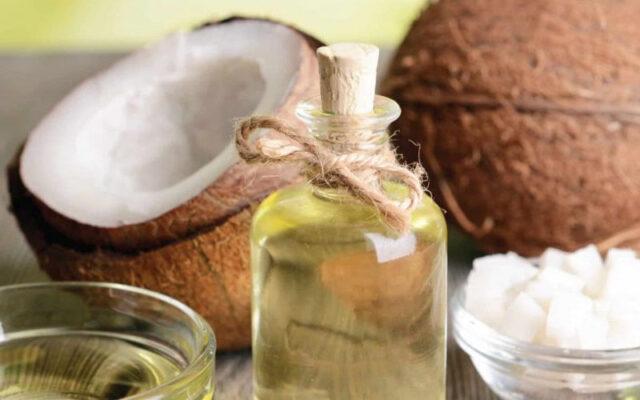 Dầu dừa có tác dụng gì cho da chị em phụ nữ?
