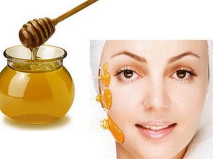 Trắng da với mật ong